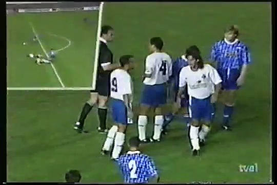 15.09.1993 – 1993-1994 UEFA Cup 1st Round 1st Leg CD Tenerife 2-2 AJ Auxerre
